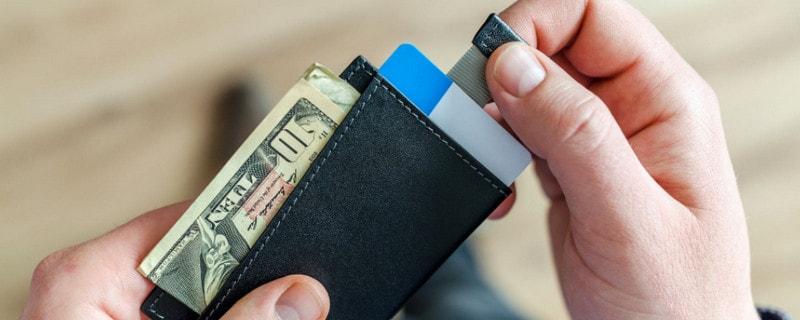 民生银行哈啰出行白金信用卡怎么样 持卡人可享金融出行双重权益