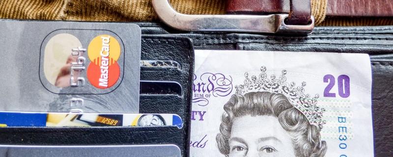 储蓄卡被冻结为什么没有通知 是什么原因造成的