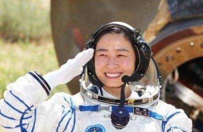 刘洋女航天员生了男孩还是女
